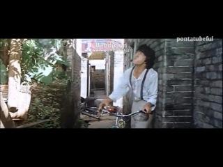 Подборка экшен сцен с Джеки Чаном...Все таки он обезбашаный!!!=)